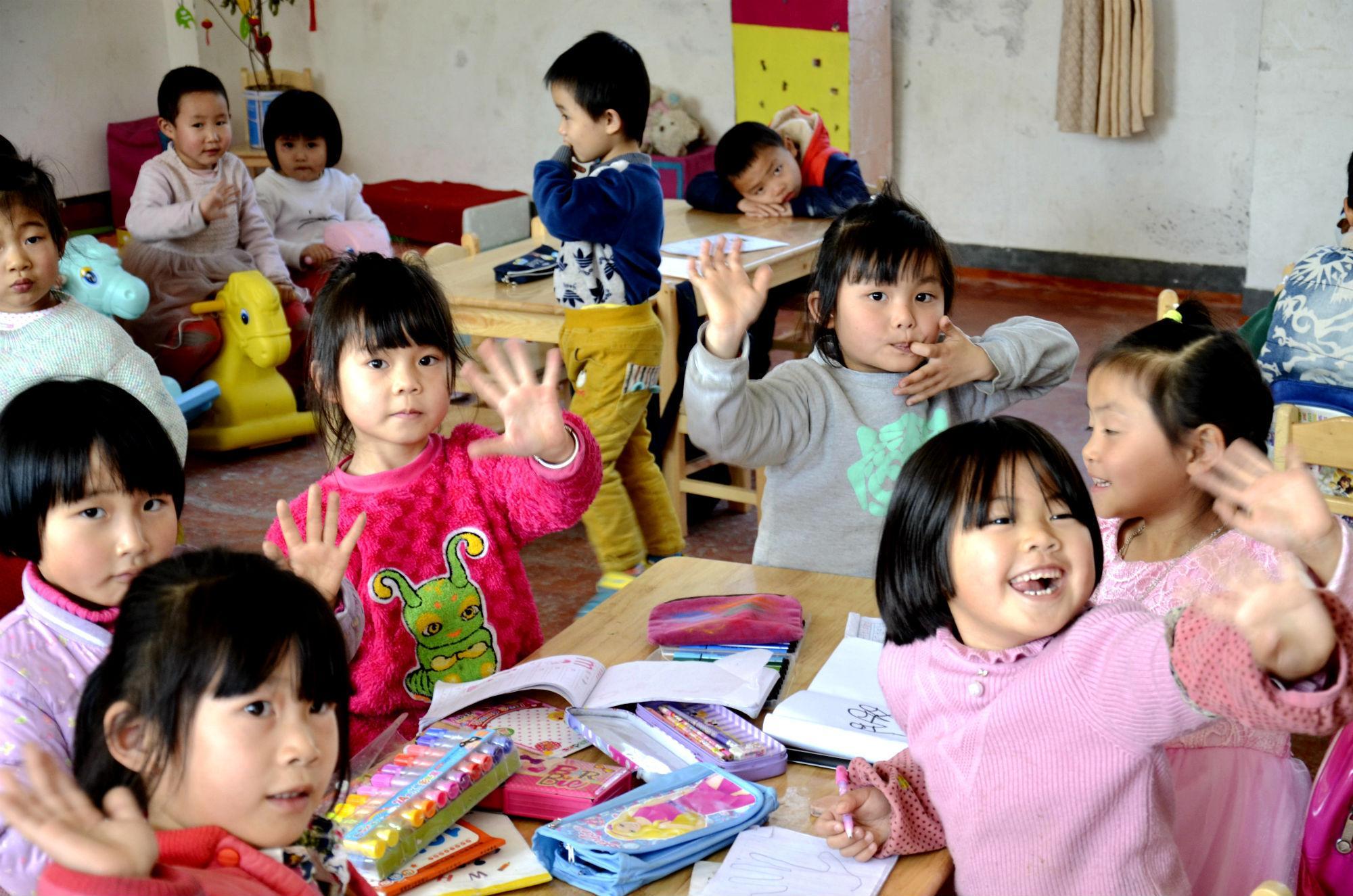 Perusahaan Sukanto Tanoto Membantu Pendidikan Anak di Sekitar Area Operasional